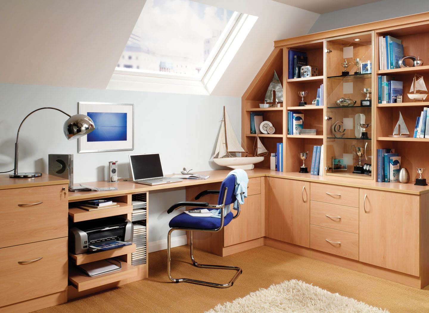Fitted study bedroom in Beech