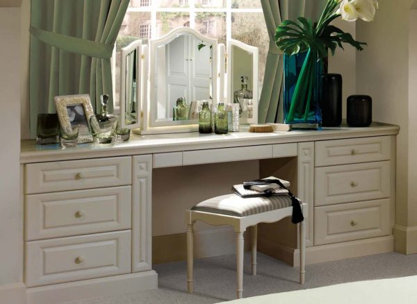 Dressing table with extra storage