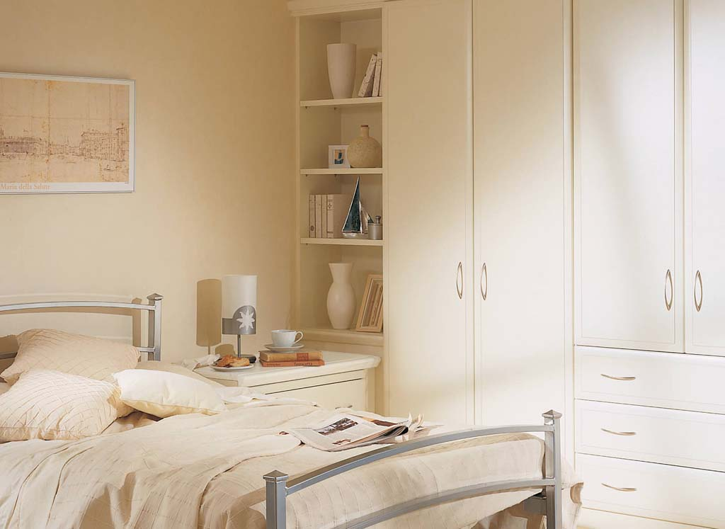 Alto fitted bedroom in alabaster white by strachan for Corner bedroom furniture units