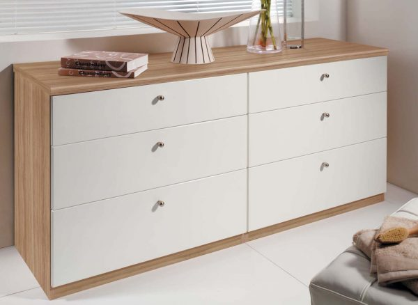 Drawers with high gloss finish