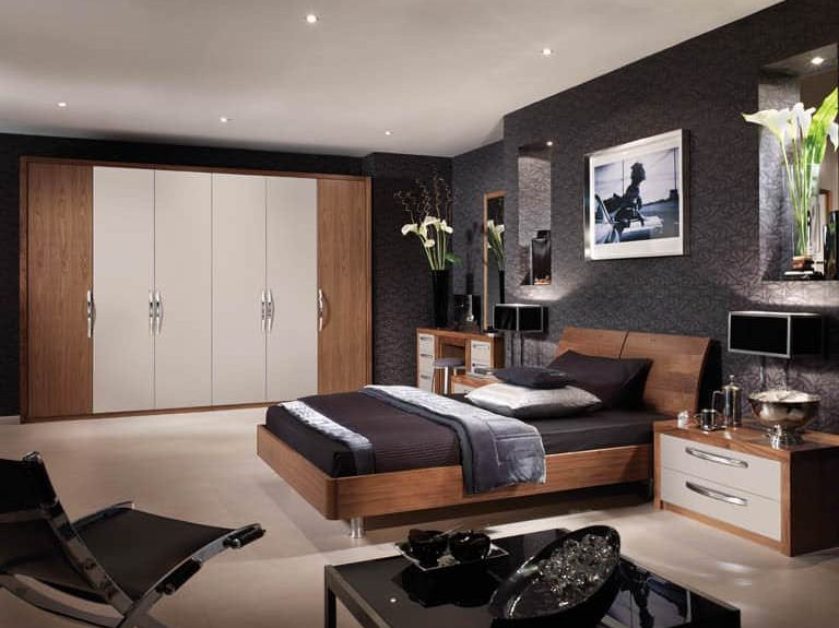 Milano bedroom in Cashmere and Black Walnut