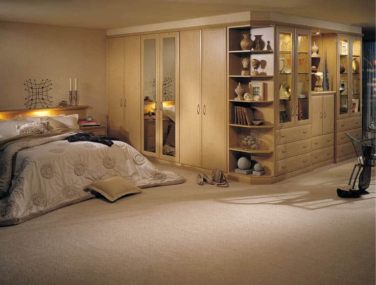 Alto fitted bedroom in Beech