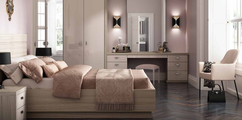 Capri Bedroom in Gloss Cashmere and Driftwood