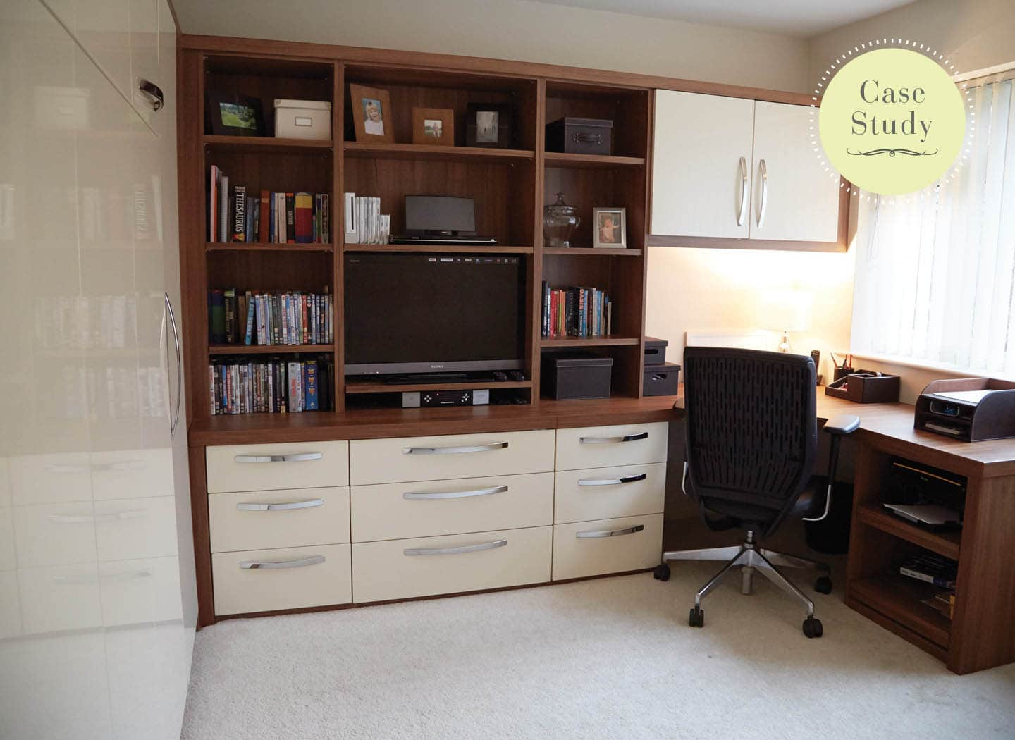 Horizontal hidden bed for home office or lounge