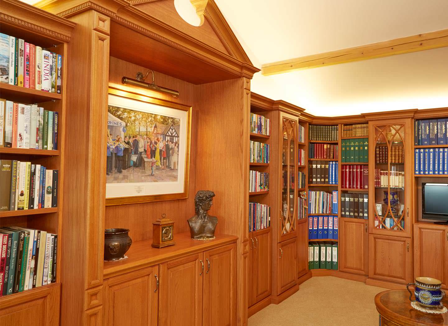 Traditional fitted library