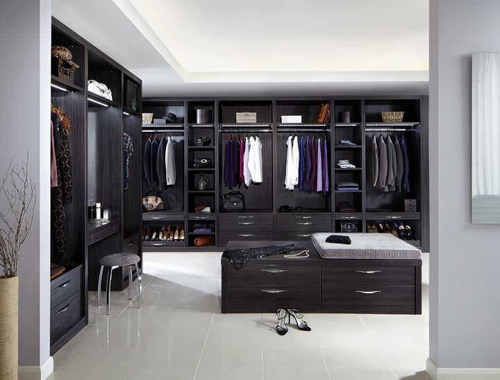 Stylish Strachan Dressing Room
