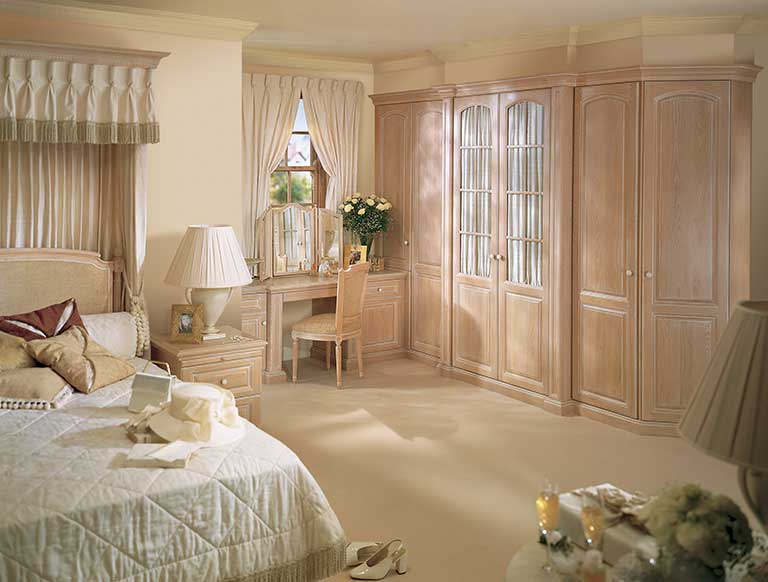 Fitted Bedroom in Shades of Oak in Limed Oak