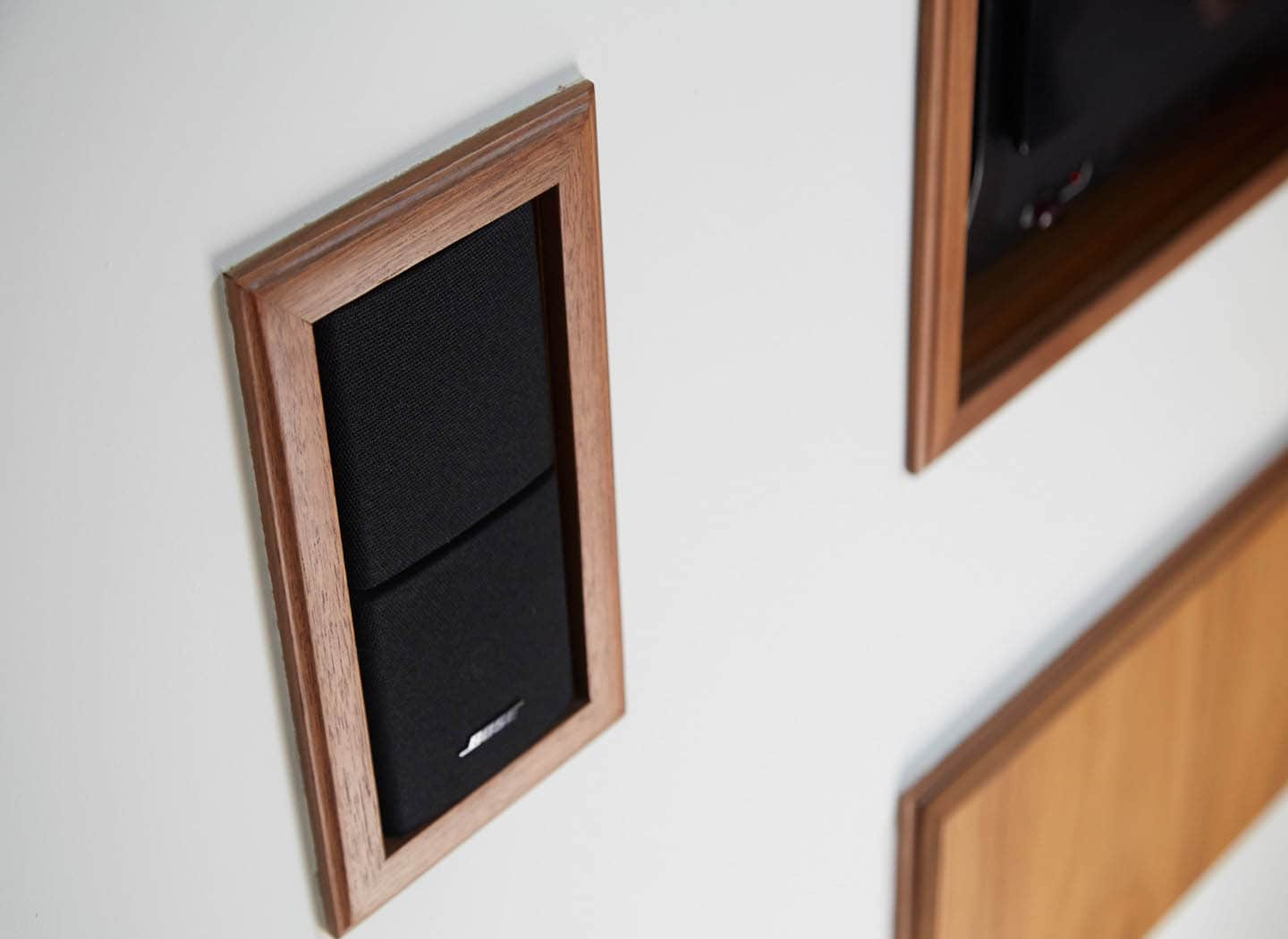 Close up detail of integrated speakers