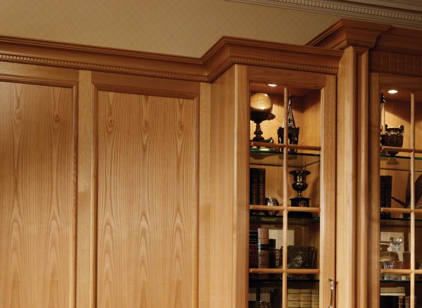 Fitted wardrobes with moulded detailing