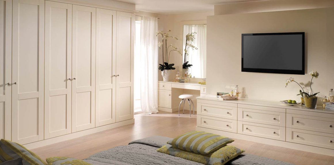 Fitted bedroom furniture in alabaster white