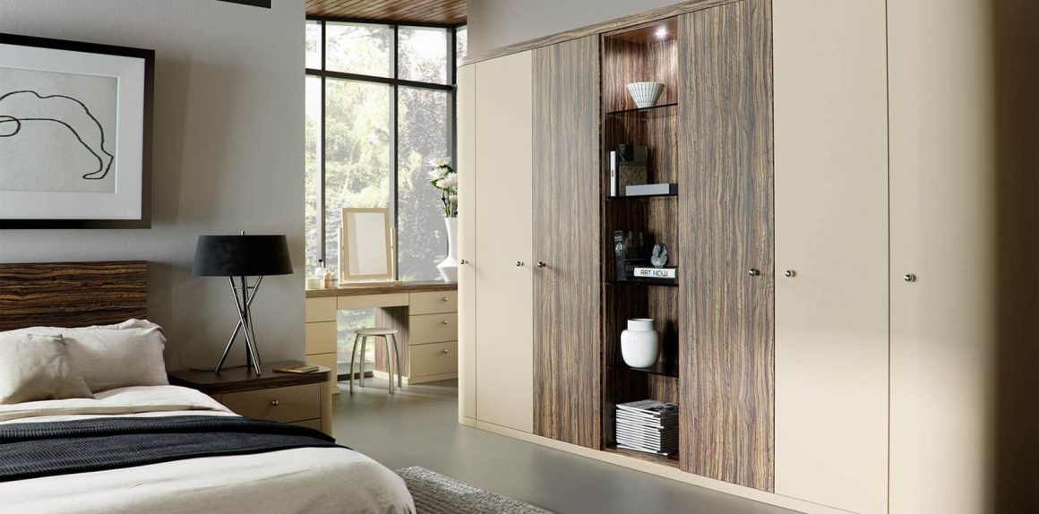Optima fitted bedroom in Oyster and Dark Olive