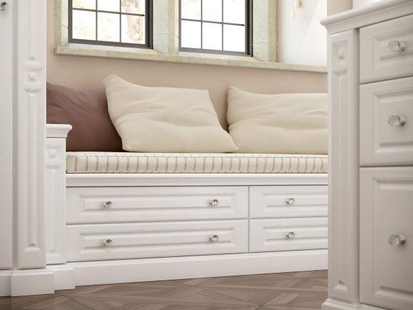 White window seat - Strachan Furniture