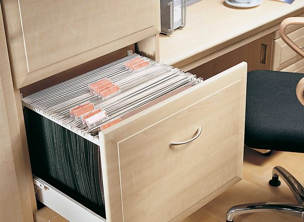 Fitted filing cabinet