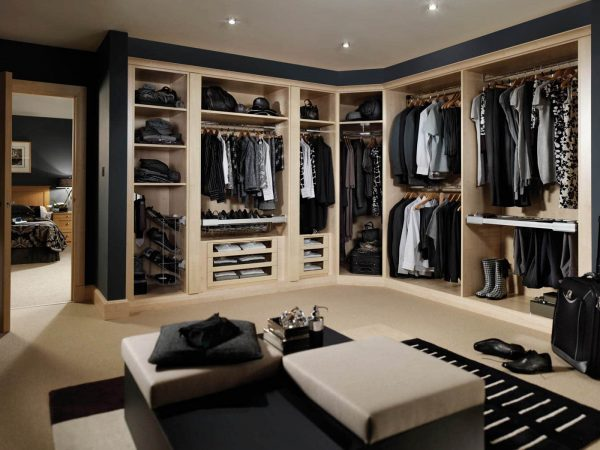 Customised Romano dressing room in Maple